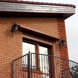 Luxusleuchten KLASSIK GLOCKE – Seitenbeleuchtung für den Balkon eines Einfamilienhauses
