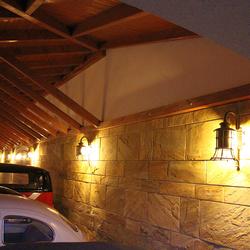 Geschmiedete Leuchten KLASSIK GLOCKE als Luxusbeleuchtung von Garagen