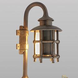 Außergewöhnlich geschmiedete Leuchte zur Seitenbeleuchtung von Gebäuden, Pavillons, Garagen...